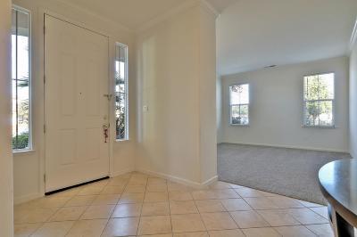 Gilroy Single Family Home For Sale: 610 Ronan Avenue