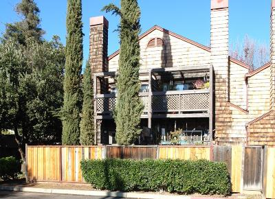 Gilroy Condo/Townhouse For Sale: 1555 Hecker Pass Road #A104