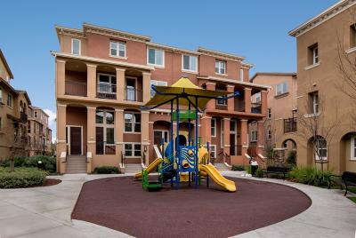 Milpitas Condo/Townhouse For Sale: 223 Currlin Circle