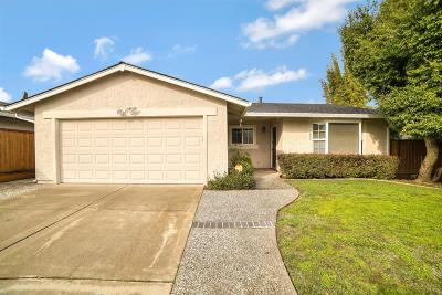 San Jose Single Family Home For Sale: 1659 Merrill Loop