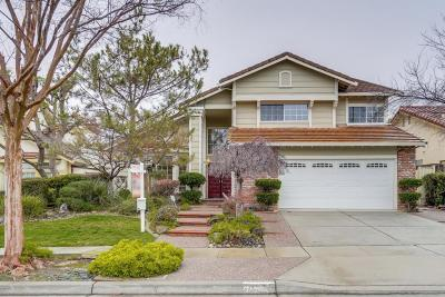 Milpitas Single Family Home For Sale: 2055 Fieldcrest Drive