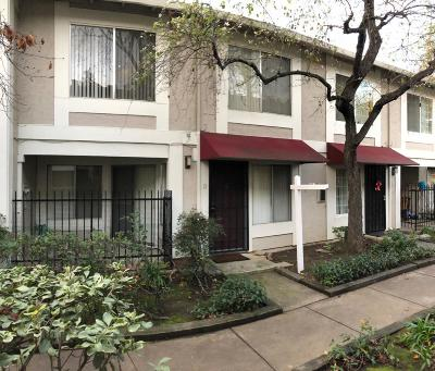 San Jose Condo/Townhouse For Sale: 13 Muirfield Court