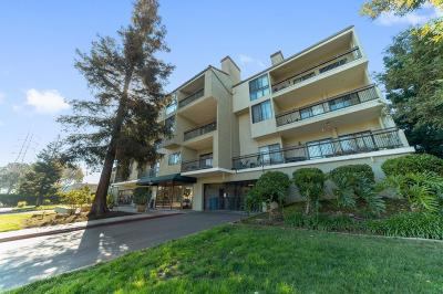 Santa Clara Condo/Townhouse For Sale: 2200 Agnew Road #212