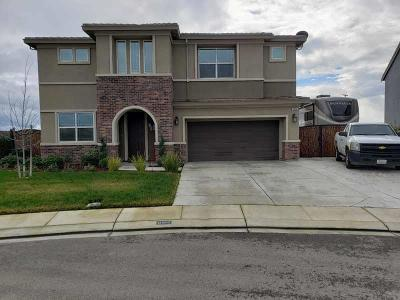Manteca Single Family Home For Sale: 1094 Bensen Street