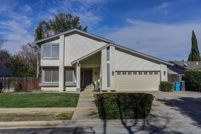 Gilroy Single Family Home For Sale: 965 Hoxett Street