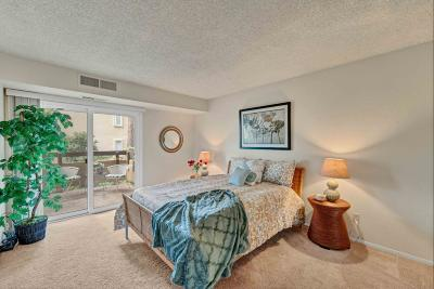 San Jose Condo/Townhouse Pending Show For Backups: 281 Tradewinds Drive #1