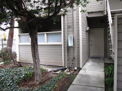 San Jose Condo/Townhouse For Sale: 393 Shadow Run Drive