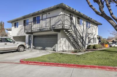 San Jose Condo/Townhouse For Sale: 264 Tradewinds Court #4