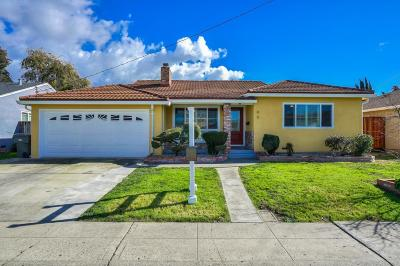 San Lorenzo Single Family Home For Sale: 90 Via Verde