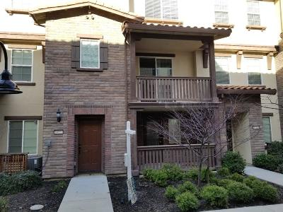Fremont Condo/Townhouse For Sale: 34177 Via Lucca