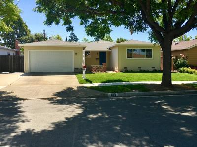 Sunnyvale Single Family Home For Sale: 687 Toyon Avenue