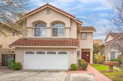 Milpitas Single Family Home For Sale: 258 Silverlake Drive