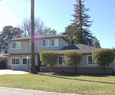 San Jose Single Family Home For Sale: 15077 Bel Estos Drive