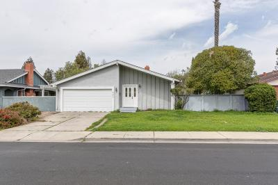 Livermore Single Family Home For Sale: 560 Cedar Drive