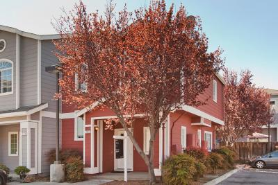 Santa Clara County Condo/Townhouse For Sale: 765 Bonita Place