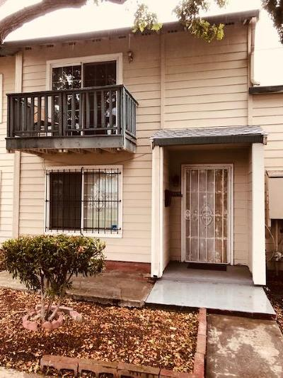 Alameda County Condo/Townhouse For Sale: 32246 Mercury Way