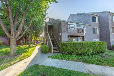 San Jose Condo/Townhouse For Sale: 1072 Yarwood Court