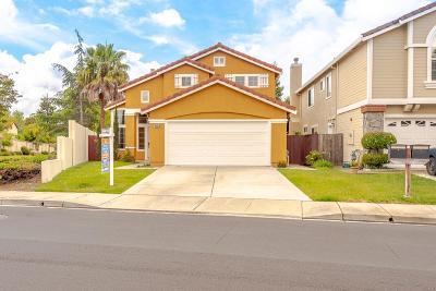 Union City Single Family Home For Sale: 4500 Alvarado Boulevard