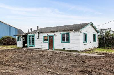 Half Moon Bay Single Family Home For Sale: 48 Harvard Avenue