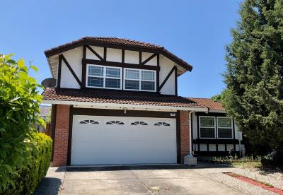 Milpitas Single Family Home For Sale: 852 Tramway Drive