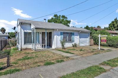 Oakland Single Family Home For Sale: 6725 Eastlawn Street