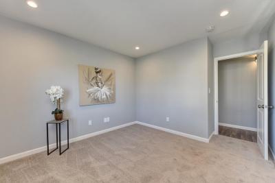 Pittsburg Single Family Home For Sale: 6 Danridge Place