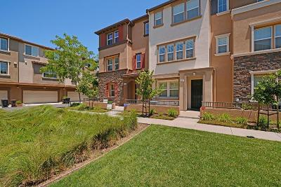Hayward Condo/Townhouse For Sale: 1231 George Circle