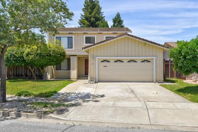 Fremont Single Family Home For Sale: 3619 Wyndham Drive