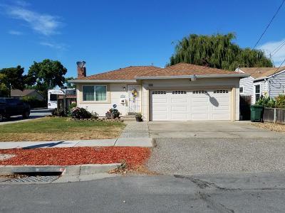 Newark Single Family Home For Sale: 37118 Birch Street
