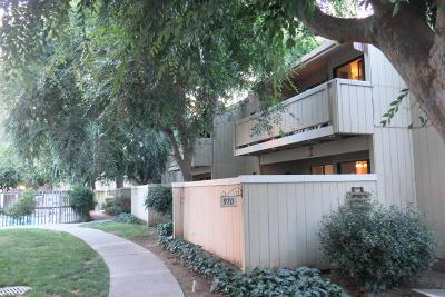 Santa Clara Condo/Townhouse For Sale: 970 Kiely Boulevard #D