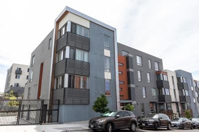 San Francisco Condo/Townhouse For Sale: 555 Innes Avenue #311