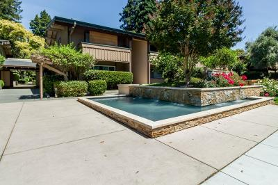 Santa Clara Condo/Townhouse For Sale: 151 Buckingham Drive #267