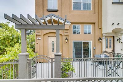 Fremont Condo/Townhouse For Sale: 3911 Vicolo Terrace