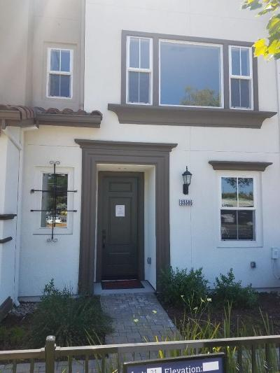 Union City Condo/Townhouse For Sale: 33505 Alvarado Niles Road