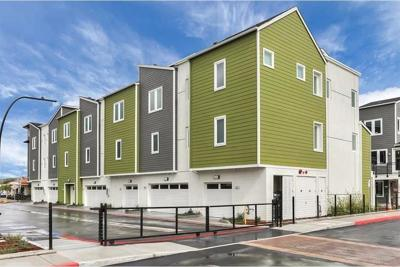 Milpitas Condo/Townhouse For Sale: 390 Hearst Drive