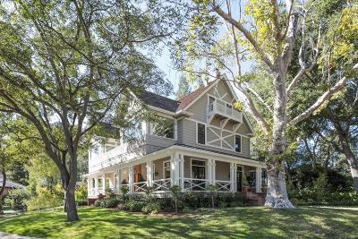 Los Altos Single Family Home For Sale: 439 Rinconada Court