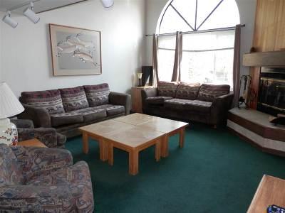 June Lake Condo/Townhouse Active-Price Chg: 100 Knoll #17 Avenue