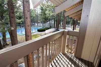 Mammoth Lakes Condo/Townhouse For Sale: 2113 Meridian Blvd #104