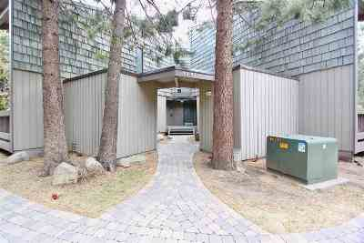 Mammoth Lakes CA Condo/Townhouse For Sale: $355,000