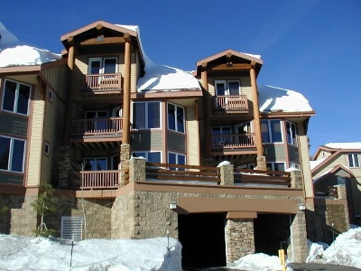 Mammoth Lakes Condo/Townhouse For Sale: 300 Juniper Springs Dr #113