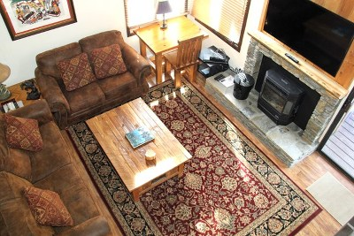 Mammoth Lakes Condo/Townhouse Active Under Contract: 2 Arrowhead Dr #16