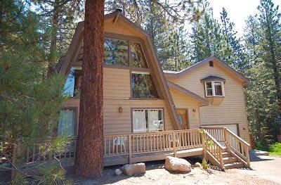 Mammoth Lakes Single Family Home Active Under Contract: 208 Zermatt Court
