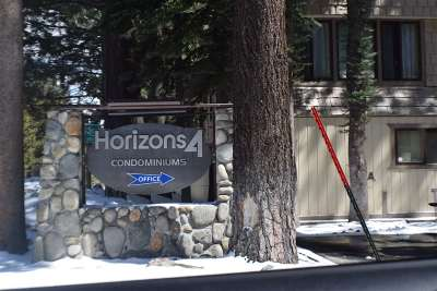 Mammoth Lakes CA Condo/Townhouse For Sale: $384,000