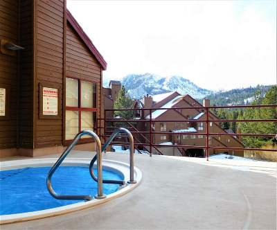 Mammoth Lakes Condo/Townhouse Active-Price Chg: 865 Majestic Pines Circle