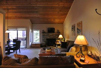 Mammoth Lakes Condo/Townhouse Active Under Contract: 32 Sunshine