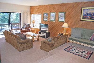 Mammoth Lakes CA Condo/Townhouse For Sale: $419,000