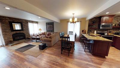 Mammoth Lakes Condo/Townhouse Active-Extended: 96 Meadow Ln. #55