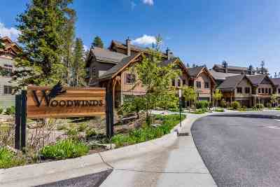 Mammoth Lakes Condo/Townhouse For Sale: 1295 W Bear Lake Drive