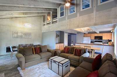 Mammoth Lakes Condo/Townhouse For Sale: 40 Canyon Boulevard