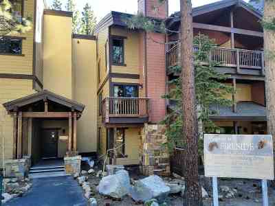 Mammoth Lakes Condo/Townhouse For Sale: 40 Canyon Boulevard #311